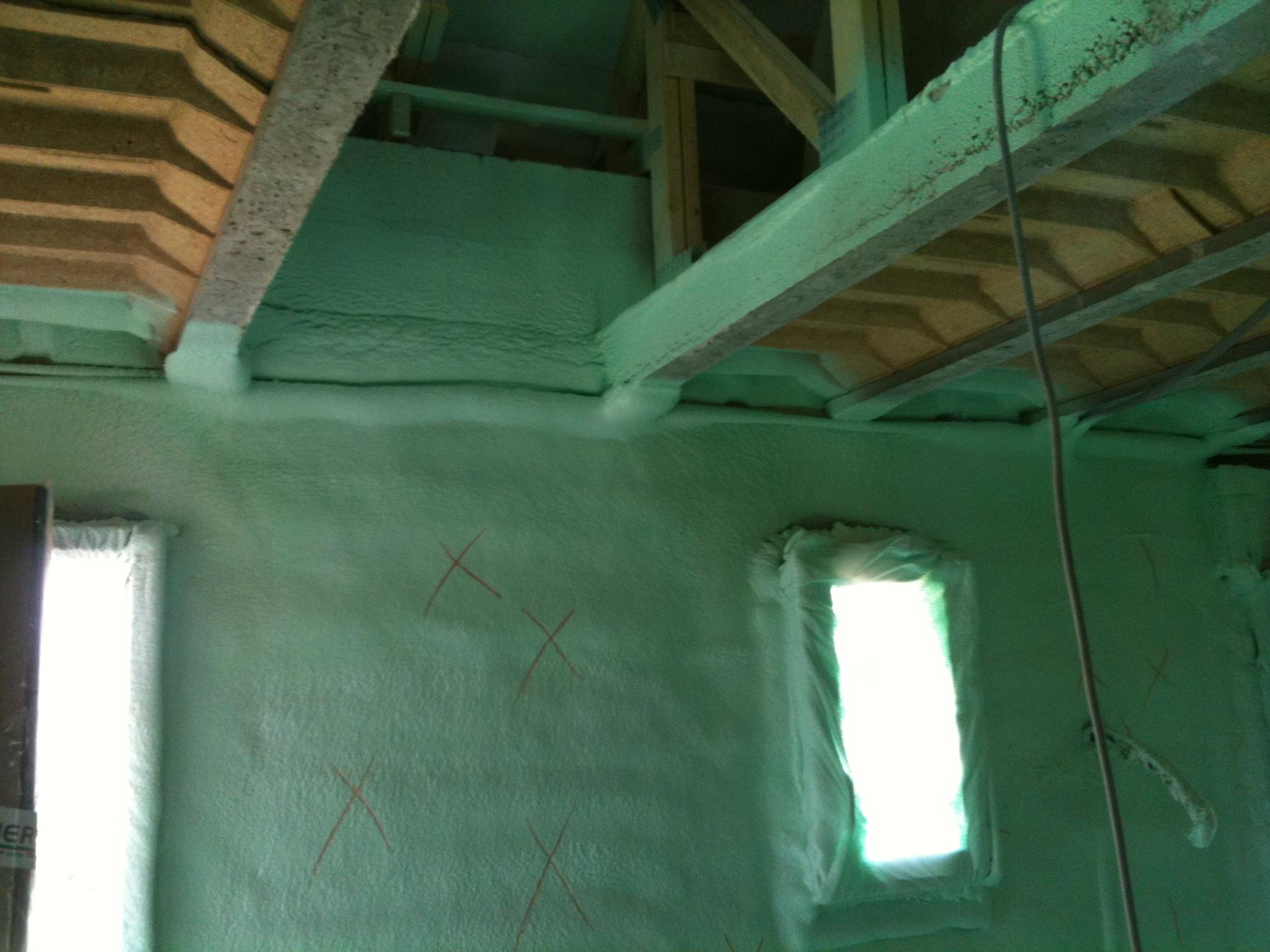 Chantier isolation polyur thane paris isolation projet e mousse polyur than - Isolation mousse polyurethane projetee tarif ...