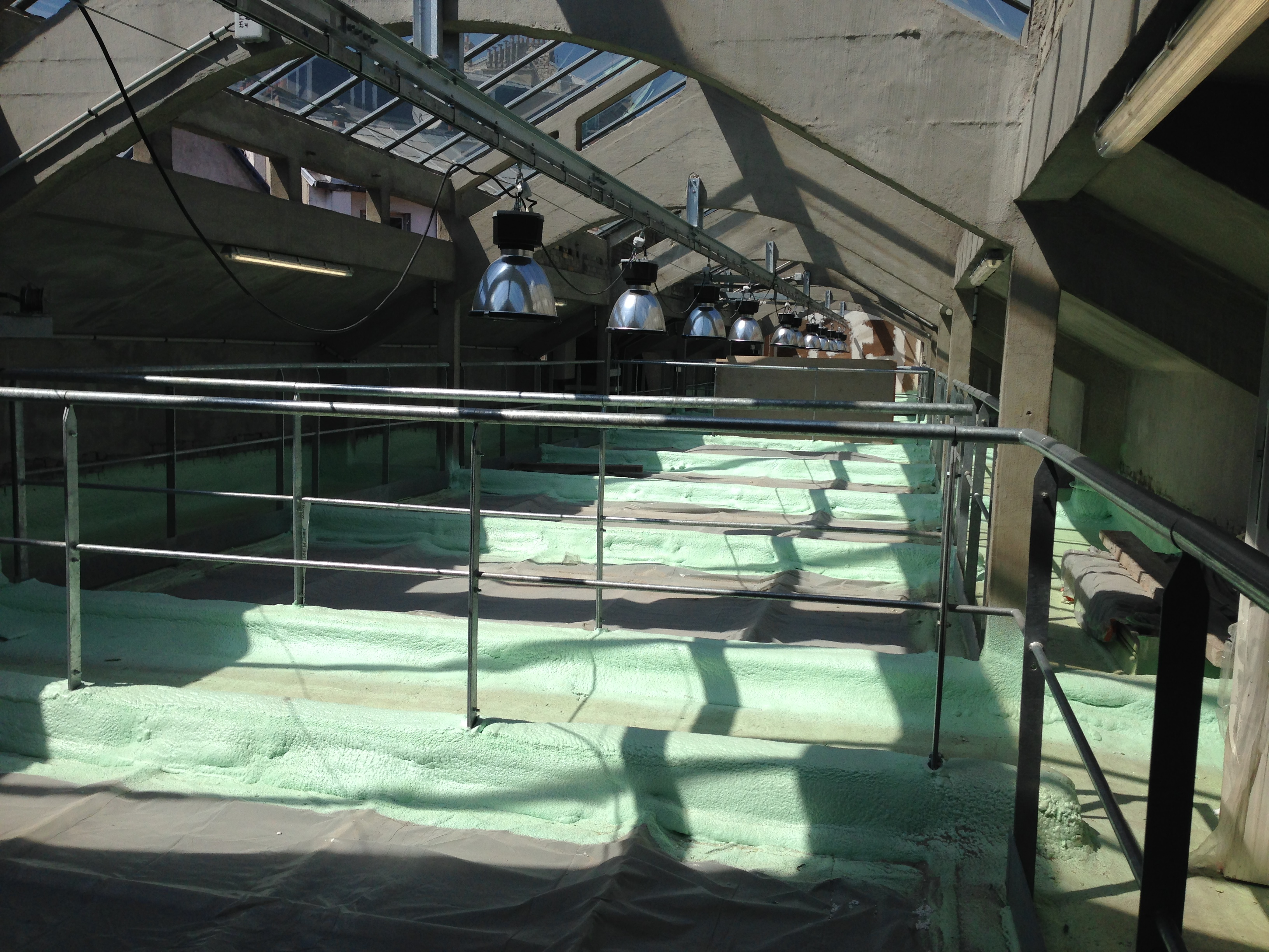 Chantiers isolation projet e mousse polyur thane paris - Boudin piscine mousse polyurethane ...
